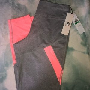 BRAND NEW with tags Ivanka Trump active leggings